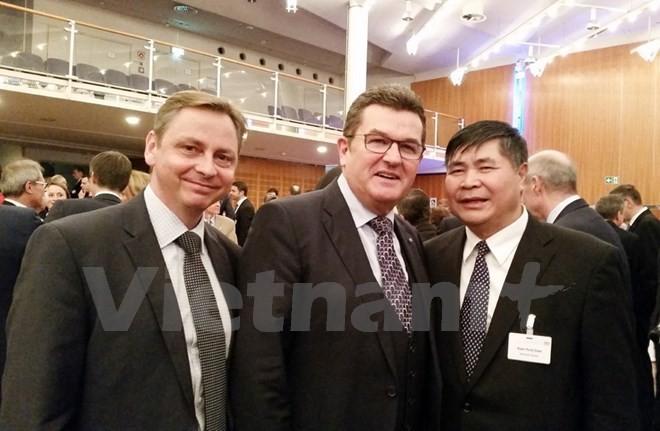 Empresas alemanas interesadas en el mercado vietnamita - ảnh 1