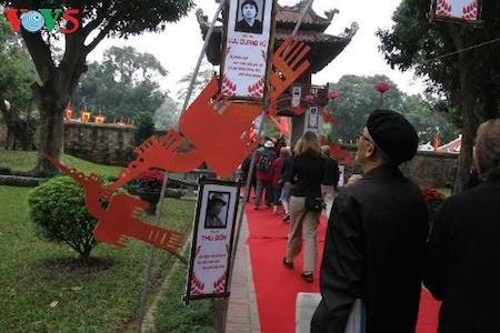 Día de la Poesía de Vietnam, en el Templo de la Literatura, en Hanoi - ảnh 5