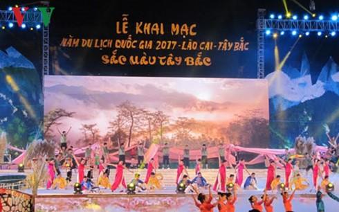 Inauguran Año Nacional del Turismo 2017 en Lao Cai - ảnh 1