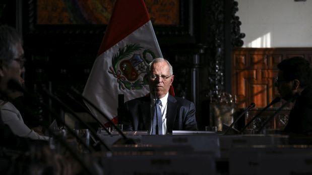 Baja nivel de aprobación de presidente peruano - ảnh 1