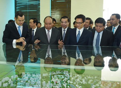 Premier urge al mejoramiento de la atracción del Parque de alta tecnología Hoa Lac - ảnh 1