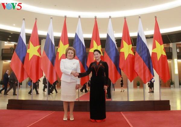 Vietnam y Rusia por aumentar coordinación legislativa en supervisión de acuerdos de cooperación - ảnh 1