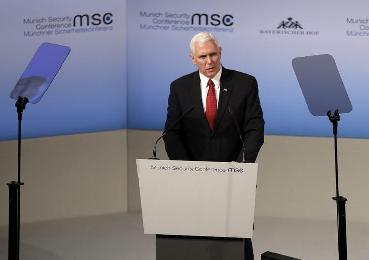 Gira de Mike Pence calma a los socios europeos - ảnh 2