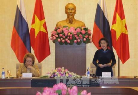 Vietnam y Rusia buscan intensificar vínculos entre las localidades  - ảnh 1
