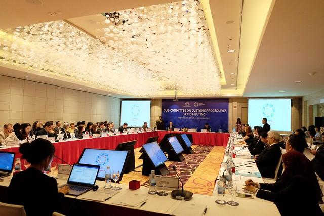 Vietnam interesado en aprovechar experiencias y apoyo de APEC para reforma aduanera - ảnh 1