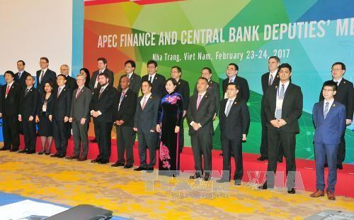 Inauguran en Nha Trang reunión de subjefes de Finanzas del APEC  - ảnh 1