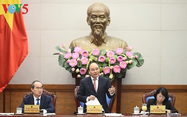 Promueven movimientos emulativos para el desarrollo socioeconómico en Vietnam - ảnh 1