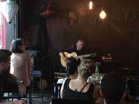 Guitarrista español Jesús Morente presenta su arte en Hanoi  - ảnh 1