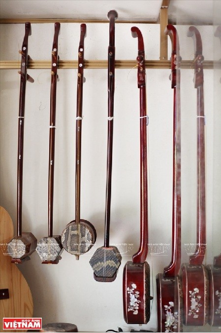 Dao Xa, una aldea donde fabrican instrumentos musicales tradicionales - ảnh 1