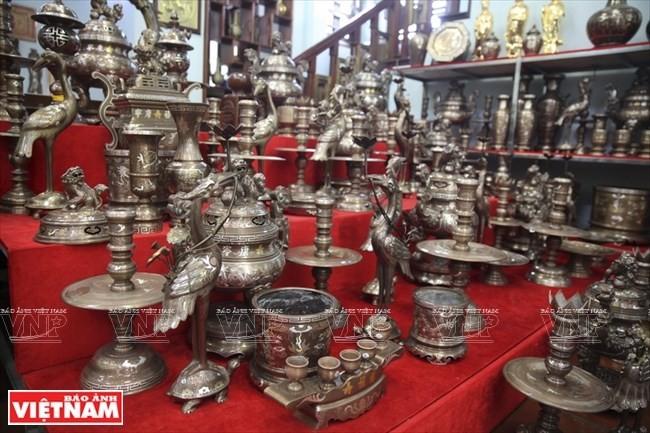 Aldea Dai Bai, una larga historia en la fundición de bronce - ảnh 1