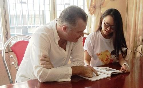 Estudiar el idioma para conocer mejor a Vietnam - ảnh 1