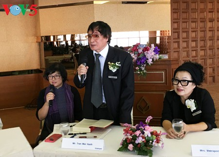 """El periodista Tran Mai Hanh y el éxito de su libro """"Acta de Guerra 1-2-3-4.75"""" - ảnh 7"""
