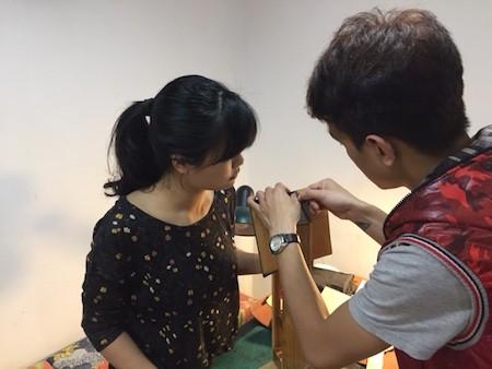Fábrica de productos de cuero para los jóvenes de Hanoi   - ảnh 4