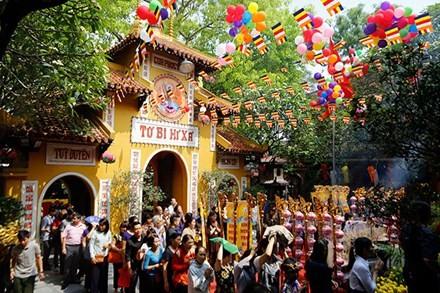 Conmemoran en Vietnam el nacimiento del Buda - ảnh 1