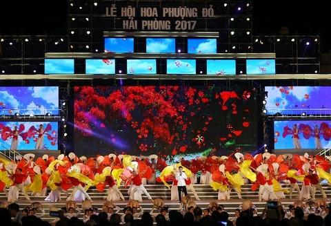Inician en ciudad portuaria vietnamita el Festival del Flamboyán 2017 - ảnh 1