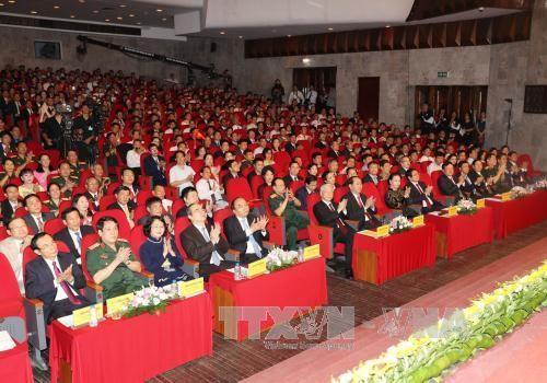 Distinguen a unidades y personas ejemplares en los movimientos de emulación en Vietnam - ảnh 1