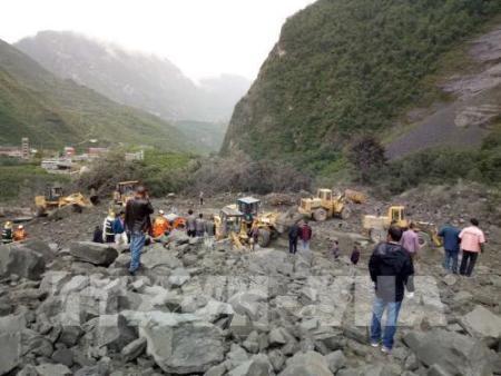 China: más de 140 personas sepultadas por deslizamiento de tierra  - ảnh 1
