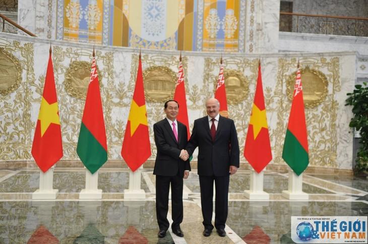Refuerzan Vietnam y Bielorrusia relaciones económicas y comerciales bilaterales - ảnh 1
