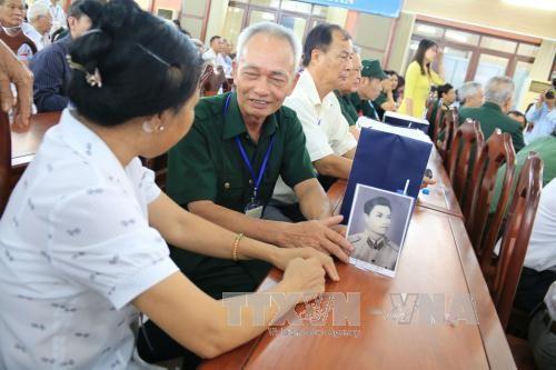 Recuerdan en Vietnam a los soldados caídos por la Patria y los sacrificios de sus familias - ảnh 1
