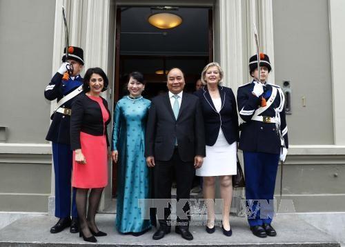 Premier vietnamita finaliza su visita a los Países Bajos - ảnh 1