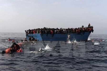 Crisis migratoria: Italia aprueba una misión naval en Libia - ảnh 1