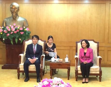 Director de la Organización Internacional del Trabajo visita Vietnam - ảnh 1