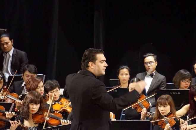 """Compositor español dirigirá el concierto """"Noche de Beethoven"""" en Vietnam - ảnh 1"""