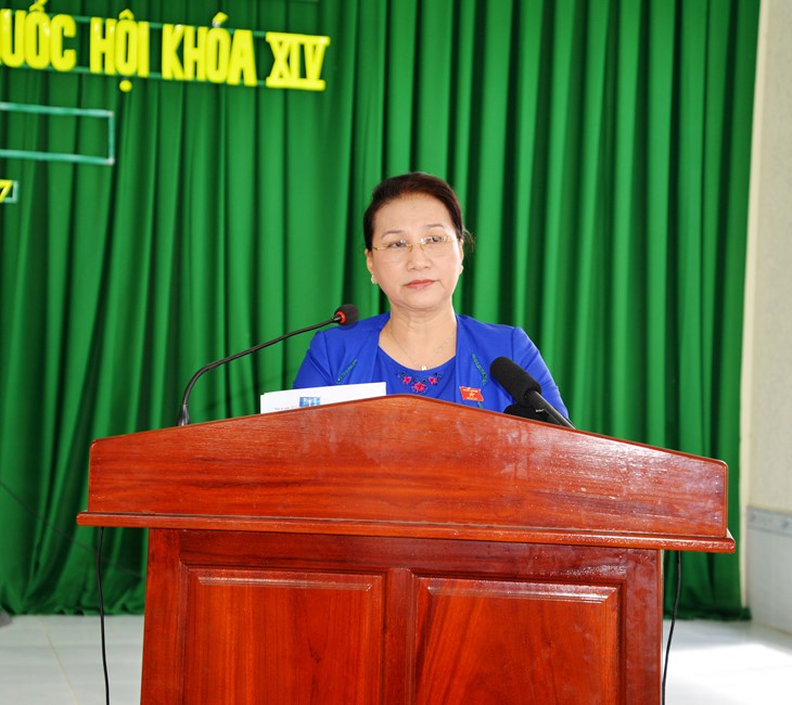 La presidenta del Parlamento vietnamita se reúne con los electores de Can Tho - ảnh 1