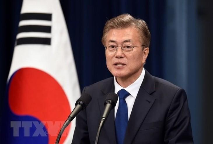 Moon Jae-in ensalza los resultados de la cumbre Estados Unidos-Corea del Norte - ảnh 1