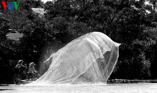 Tari kehidupan di sungai Nhu Y - ảnh 3