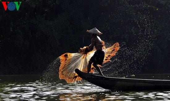 Tari kehidupan di sungai Nhu Y - ảnh 4