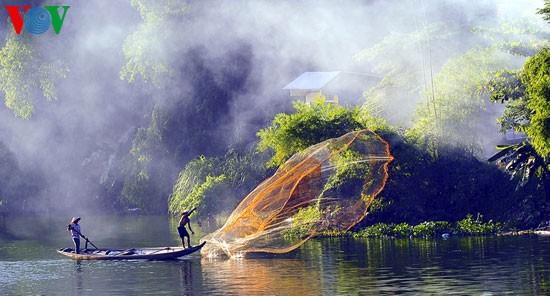 Tari kehidupan di sungai Nhu Y - ảnh 7