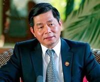 Menteri Kesehatan Nguyen Thi Kim Tien dan Menteri Perencanaan dan Investasi VN Bui Quang Vinh melakukan dialog online - ảnh 2