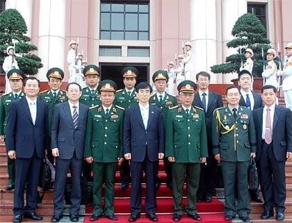 Dialog strategis yang pertama tentang pertahanan Vietnam-Republik Korea  - ảnh 2
