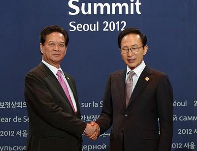 Perdana Menteri VN Nguyen Tan Dung mengakhiri kunjungan di Republik Korea - ảnh 1