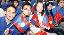 Pertemuan persahabatan pemuda Vietnam-Laos tahun 2013 - ảnh 1