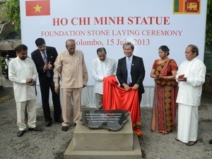 Memulai pembangunan patung monumen tugu Presiden Ho Chi Minh di Srilanka - ảnh 1
