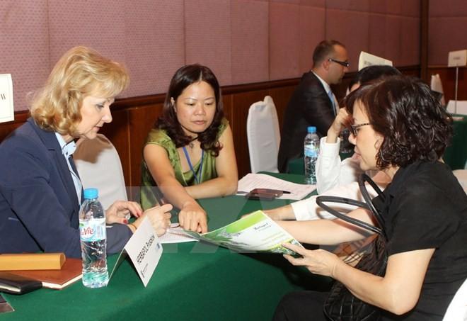 Vietnam-Polandia memperkuat kerjasama perdagangan dan investasi - ảnh 1
