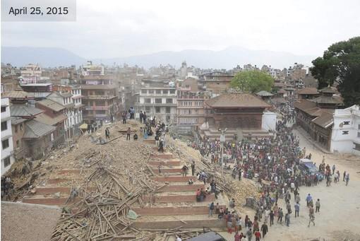 Jumlah korban akibat gempa bumi di Nepal terus meningkat - ảnh 1