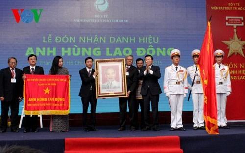 Institut Pasteur kota Ho Chi Minh terus memberikan sumbangan di bidang kesehatan preventif Vietnam - ảnh 1
