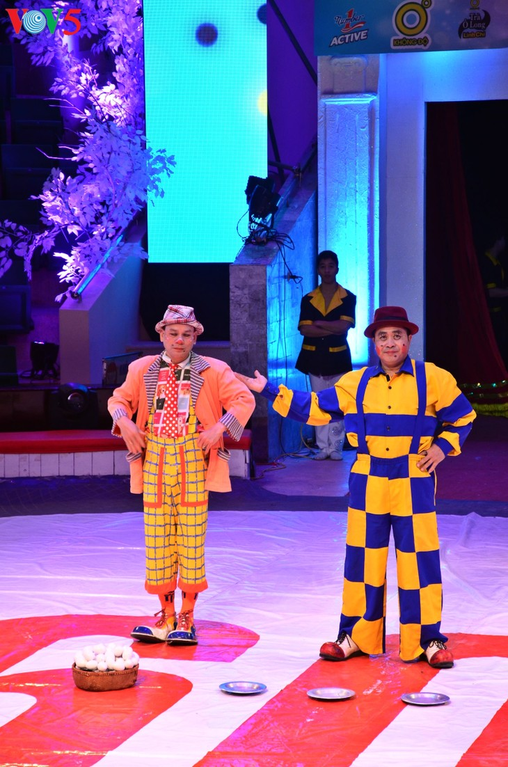 Gala Sirkus Internasional sehubungan dengan peringatan ultah ke-60 Federasi Sirkus Vietnam - ảnh 5