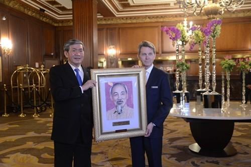 Anggota Harian Sekretariat KS PKV Dinh The Huynh mengakhiri kunjungan kerja di AS  - ảnh 1