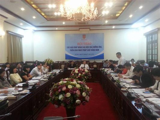Meningkatkan efektivitas menyambut dan menggelarkan Hari Undang-Undang Vietnam - ảnh 1