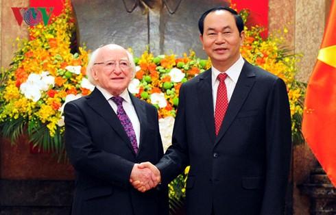 Hubungan persahabatan dan kerjasama antara Vietnam dan Irlandia akan mengalami perkembangan yang positif - ảnh 1