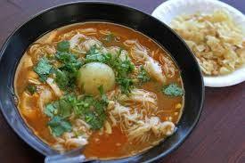 Masakan Mohinga - mihun ikan khas dari Myanmar - ảnh 1