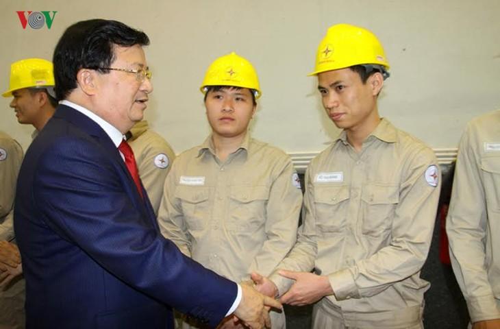 Meresmikan pabrik hydro listrik Lai Chau - ảnh 7