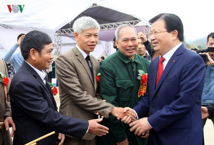 Meresmikan pabrik hydro listrik Lai Chau - ảnh 4