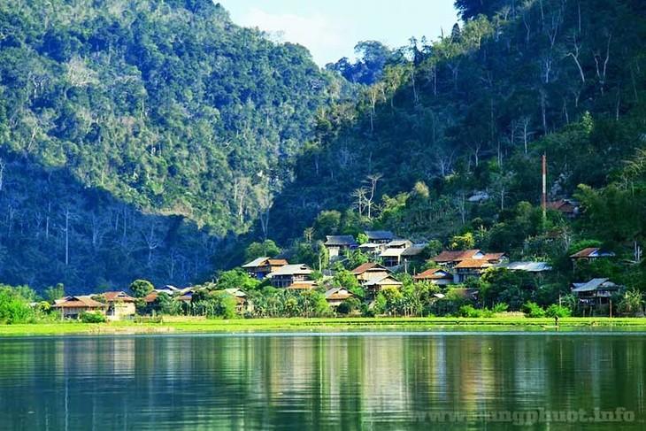 Pac Ngoi, desa  berbudaya yang tipikel dengan usaha wisata homstay di propinsi Bac Kan - ảnh 1
