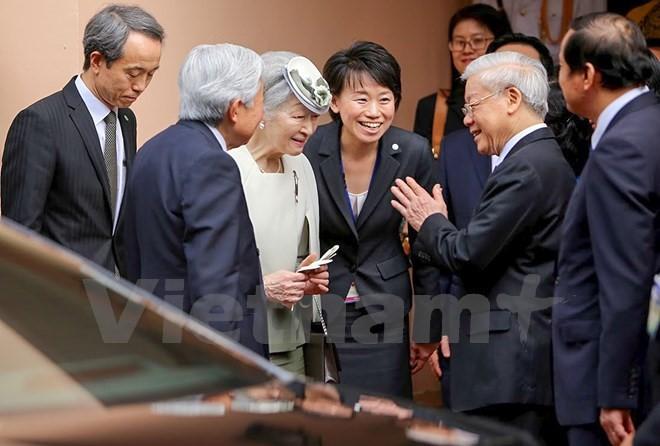 Kaisar dan Permaisuri Jepang melakukan kunjungan Kenegaraan di Vietnam - ảnh 17