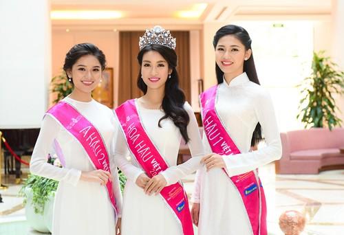 "Memperkenalkan sepintas lintas busana tradisional wanita Vietnam – ""Ao Dai"" - ảnh 2"